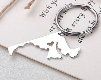 I heart Maryland keychain - Maryland keyring - Map Jewelry - State Charm - Map keychain