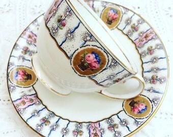 Aynsley bone china  teacup and saucer - Circa 1930's