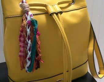 Sari Silk Keychain Charm, Boho Bag Charm, Boho Keychain, Boho Purse Charm, Colorful Boho Keychain, Summer Beach Charm, Purse Accessory