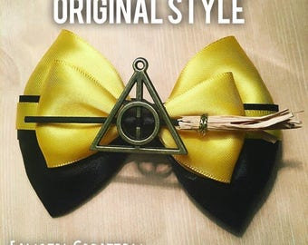 The Hufflepuff Inspired Bow