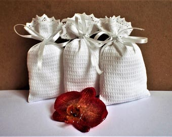 "25 White Wedding bags * Cotton Gift Bags *Holiday gift Bags * Bridal Favor Bags * 4"" x 6"" (10cm x 15cm)"