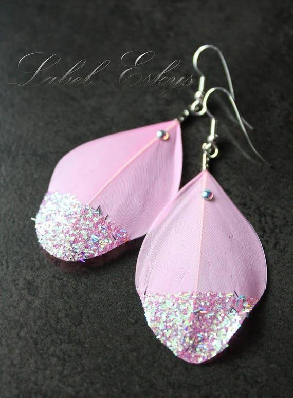 Boucles d'oreilles plumes rose pale