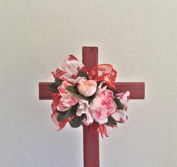 Valentine cemetery flowers, Wooden Cross, Cemetery Cross, Grave flowers, Roadside Memorial, Grave Marker, Memorial Cross, Floral Memorial