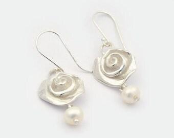 Sterling Silver Swirl Drop Earrings, Freshwater Pearl, floral pearl Earring, Pearl Earrings, Silver Swirl, Art jewellery, bridal earrings