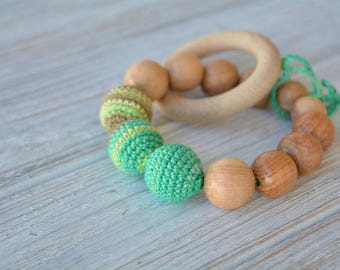 Baby teething toy with crochet beads and natural juniper beads - Crochet Baby Toy - Wooden rattle