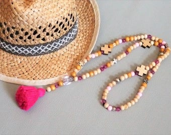 Necklace long boho Bohemian beads natural wood, fuchsia and pink cross