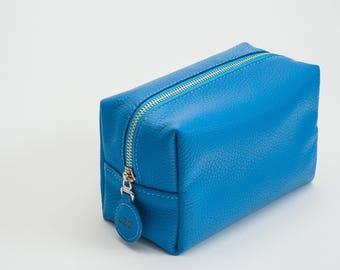 Leather make up bag leather cosmetic bag travel bag personalized make up bag leather bag leather toiletry bag cosmetic bag bridesmaid gift