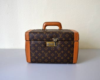 Vintage Vanity case / french small suitcase