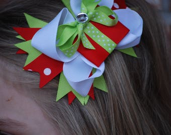 Present Hair Bow - Christmas Hair bow - Holiday bow - Boutique bow - Christmas Boutique Bow - Present bow - Christmas Bow - Girl Christmas