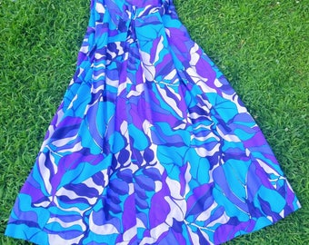 Vintage Hawaiian maxi dress M Royal Hawaiian purple floral