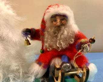 Needle felted Santa Claus, Waldorf, Standing doll, Soft sculpture, Christmas, Christmas doll, Gift