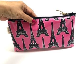 Paris Eiffel tower pouch, zipper pouch, Pink bag, Gifts for her , Makeup pouch. cell Phone pouch, zip purse, pencil bag, Gift under 10
