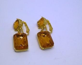 Vintage Amber Glass Rhinestone Gold Tone Dangling Clip On Earrings