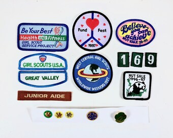 Girl Scout Patches, 16 Vintage Merit Badges & Pins, Fitness, World Patch, Believe, Panda Patch, Achievement Awards, Girl Scout Pins, Stars