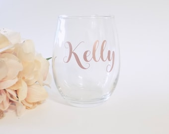 Personalized Wine Glasses, Custom Stemless Wine Glass, Personalized Bridal Party Gift, Bridesmaid Gift, Personalized Gifts for Mother