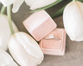 Ring Box - Velvet Ring Box - Vintage Style - Proposal Ring Box - Engagement ring box - Wedding - Personalized Gift - Peach