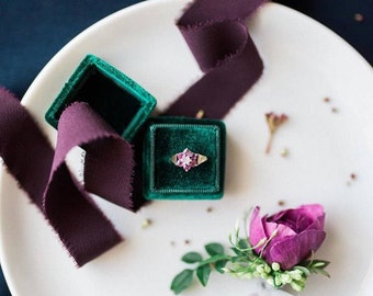 Ring Box - Velvet Ring Box - Vintage Style - Proposal Ring Box - Engagement ring box - Wedding - Personalized Gift - Emerald Green