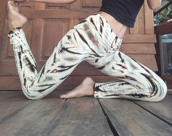 Soft white seaweed Leggings /Leggings/Yoga leggings/ Tie dye Leggings/low waist leggings
