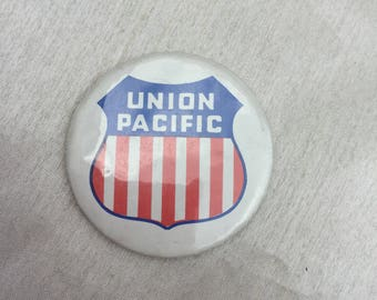 Vintage 1970s Union Pacific Trains Pin Badge
