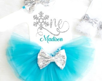 Winter Onederland Outfit Snowflake Birthday Outfit Winter First Birthday Outfit Frozen 1st Birthday Outfit Winter Wonderland Birthday 22