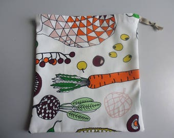 small cloth bag zero waste to pack your fruits and vegetables