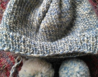 Hand spun hand knit baby hat.