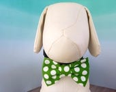 Green Dog Bow Tie, St. Patrick's Day Kelly Green & White Polka Dot Bowtie for Dogs Cats, Wedding Dog Dress Up, Large Collar Bow, Pet Bowties