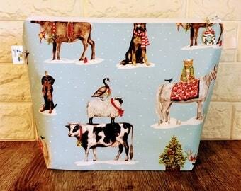 Christmas Project Bag, Knitting Project Bag, Knitting Bag, Knitting Bag Zipper, Yarn Bowl, Zippered Project Bag, Yarn Tote, sheep bag