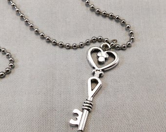 Skeleton Heart Key Necklace - Goth Jewelry Antique Silver Pendant