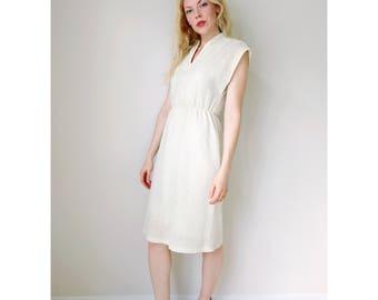 Vintage cream dress | ivory beige knitted 1970's dress mandarin collar sleeveless midi dress elastic waist minimal fashion | size small