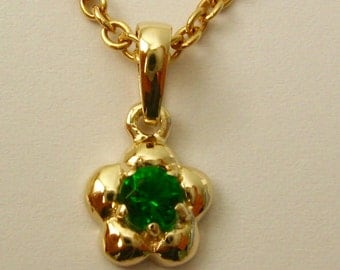 Genuine SOLID 9K 9ct Yellow GOLD May Birthstone Daisy Emerald Pendant