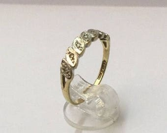 9ct Gold & Diamond Illusion Ring - Hallmarked - Size 8.5 (UK Q)