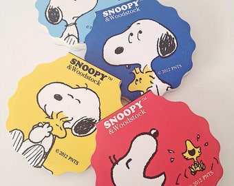 Snoopy Woodstock Peanuts cute kawaii kitsch circular rainbow candy colour post it sticky notes