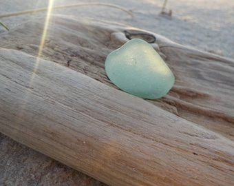 "Genuine Perfectly smoothed flawless Light lime green Sea Glass piece-Size 1""-Jewelry quality-Pendant size Sea Glass#J229#"