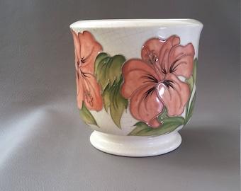 Moorcroft Pot, Jardiniere, Willam Moorcroft, Walter Moorcroft, Moorcroft ceramics, Moorcroft jadiniere, Moorcroft hibiscus pattern