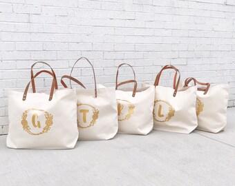 Monogrammed Gold Bridesmaid Travel Totes | Modern Bridesmaid Tote | Bridal Party Floral Tote Bag | Bridesmaids Tote  Bags | Wedding Party To