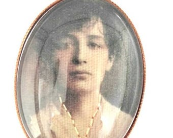 Camille Claudel hand embroidered brooch