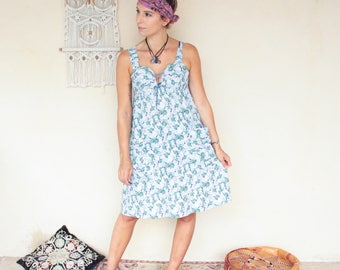 Vintage 90's Floral Lace Up Sweetheart Dress