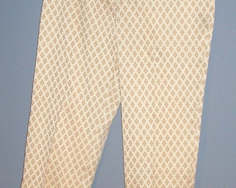 Vintage 90s, Piazza Sempione, stretch, print capris, size 44 (IT), US 8, Made in Italy, MINT
