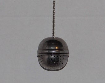 Lovely Tea Ball - Tea Strainer - Loose Leaf Tea Steeper - Priority Shipping Worldwide!