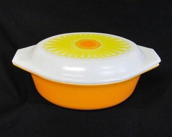 Vintage Pyrex Daisy Pattern, Oval  Baking Dish # 043, Vintage Orange and Yellow Casserole Dish, Retro Kitchen