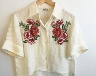 Floral Applique Boxy Cropped Shirt