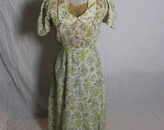 Vintage Womens All Over Floral Maxi Prairie Dress with Flounce Sleeves and Smocked Front
