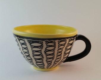 Large coffee mug, stoneware mug, teacup, yellow and black, gift 25 and under