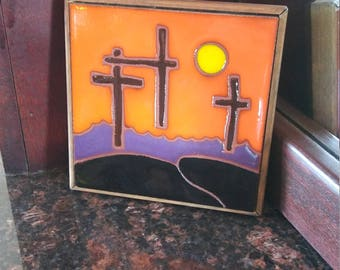 New Mexico Christian Crosses On Hill Tile with Wooden Frame Trivet
