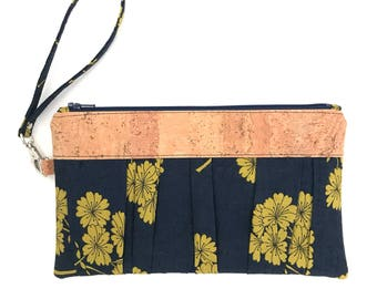 Natural Cork Leather Ruffled Wristlet