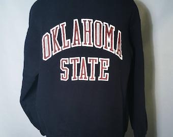 1983 Oklahoma State University Blue Bonnet Bowl Black Sweatshirt Sz Medium Big Logo OSU Cowboys Stillwater Okie Alma Mater Crewneck Russell