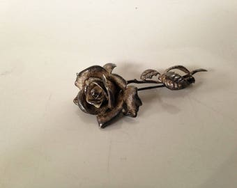 Small antique brooch made of Tin - pink - France