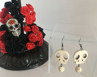 Howlite Skull Earrings/Dia de los muertos/ Halloween jewelry