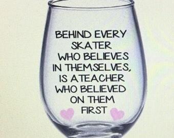 Figure skating wine glass. Figure skating gift. Figure skater gift. Figure skater wine glass. Figure skating teacher. Figure skating coach